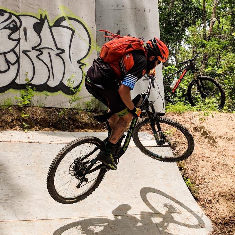 Mountain Biker Hop